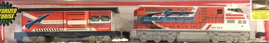GE Military Freight Loco and Caboose