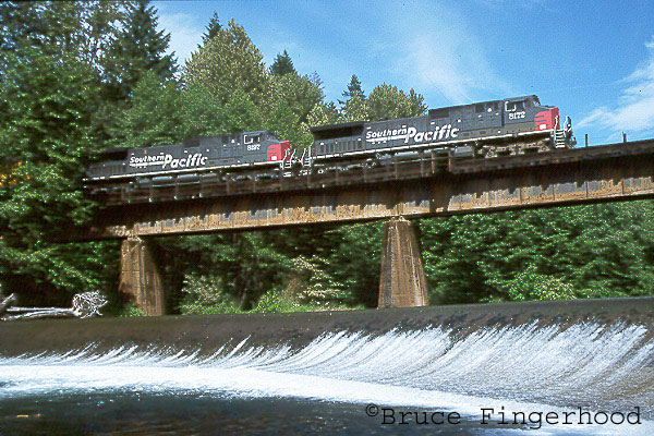 a couple of miles above oakridge a matched set of c44 9s lead train zbrla over salmon creek. Black Bedroom Furniture Sets. Home Design Ideas