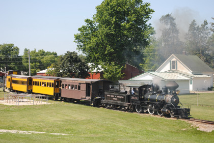 Midwest Old Threshers: Midwest Central Railroad & Midwest Electric