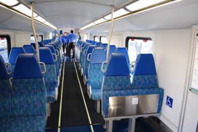 the lower level of the metrolink rotem coach car 212. Black Bedroom Furniture Sets. Home Design Ideas