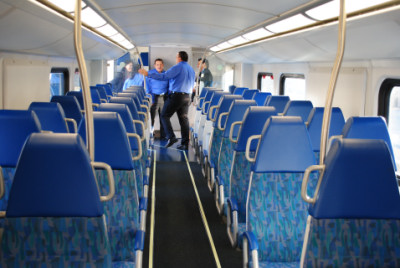 one more view of the lower level of metrolink rotem coach car 212. Black Bedroom Furniture Sets. Home Design Ideas