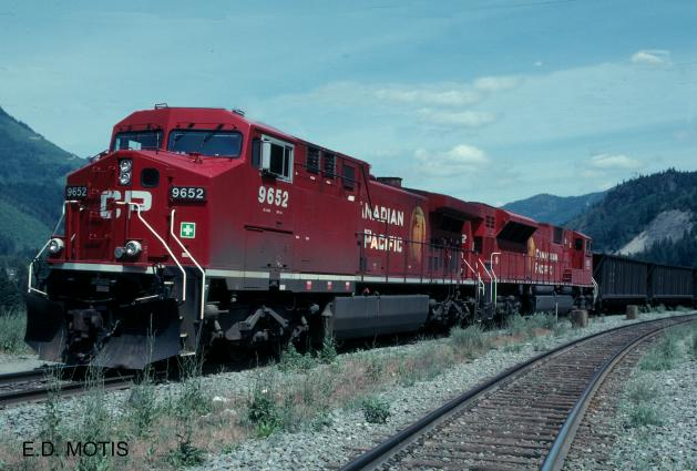 El juego de las imagenes-http://www.trainweb.org/galt-stn/cproster/locomotive/9600s/cp9652.jpg