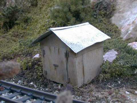 http://www.trainweb.org/girr/tips/tips4/000608_shed.jpg