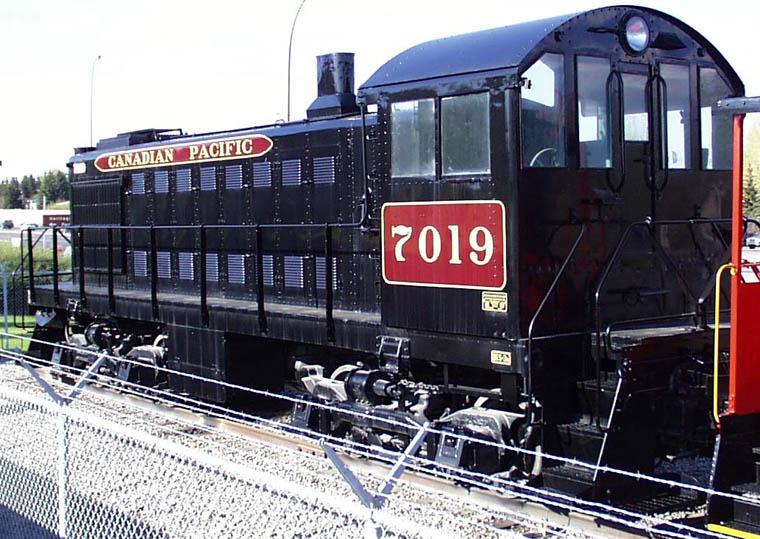 El juego de las imagenes-http://www.trainweb.org/oldtimetrains/CPR_Toronto/7019P.jpg