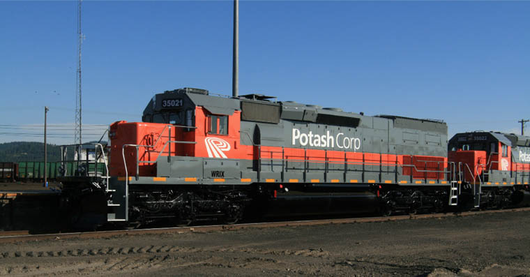 Wrix 35021 Ex Up 2938 Nee Sp 8268 Emd Sd40t 2 Enroute At