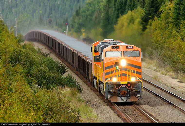 301 And 302 Lift About 20 000 Tons Over A Crest Near Able At Mile 9 21 South Sub Sept 3 2010