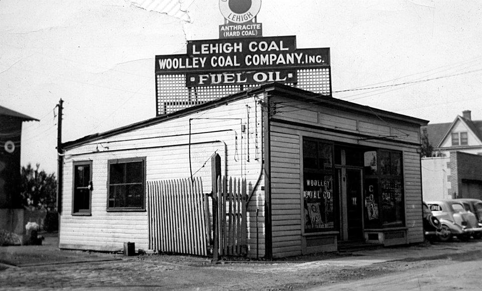 Woolley Fuel S Coal Silos Note The Hoppers Ready To Be