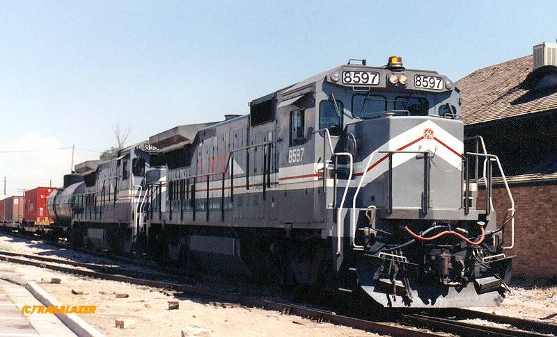 LMX 8597