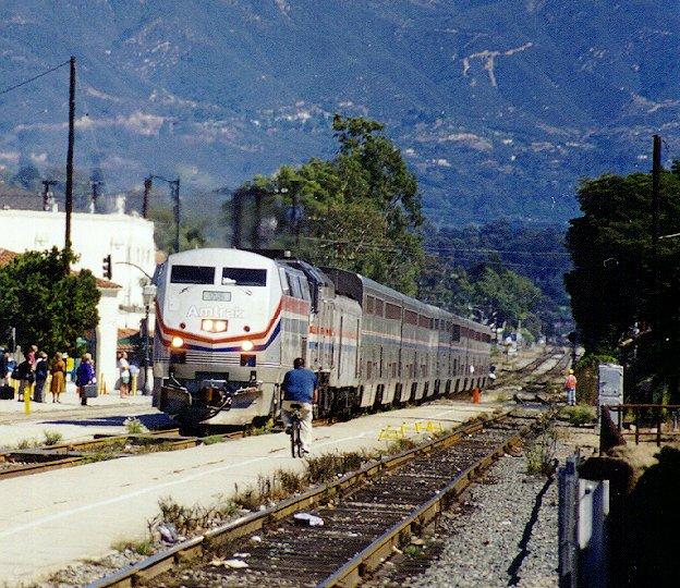 Amtrak Coast Starlight 14: (119K) Train #14 Arriving In Santa Barbara