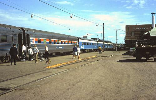 Amtrak havre mt hav amtrak empire builder eastbound train at havre station september 1972 sciox Choice Image