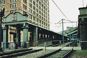 Amtrak pittsburgh pa pgh light rail station next to amtrak station 5 11 2002 pennsylvania railroad station sciox Images
