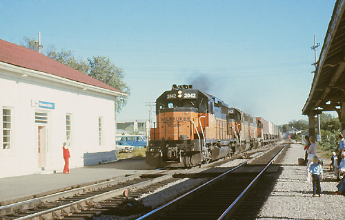 Westbound Freight Train at Wisconsin Dells (September 1976)